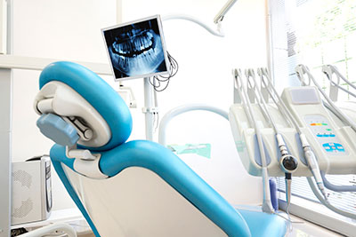 a dental chair at Premier Periodontics - Implant & Sedation Dentistry